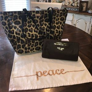 Authentic Kate Spade Purse, never used